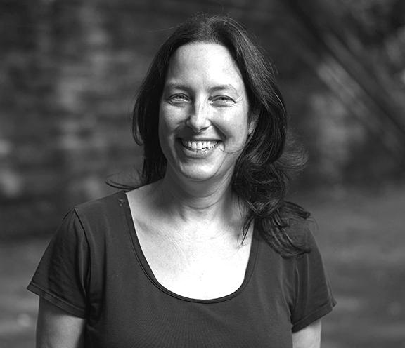 Elaine Perlman. Parents League School Advisor